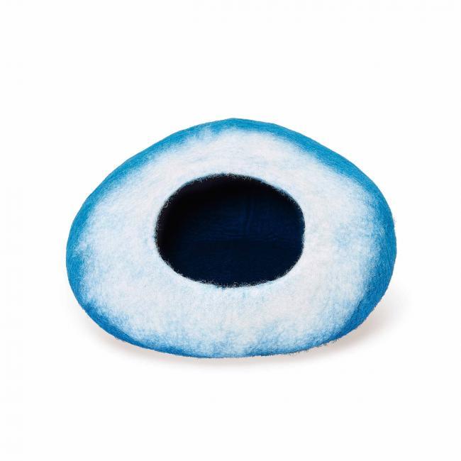 white-blue-pattern