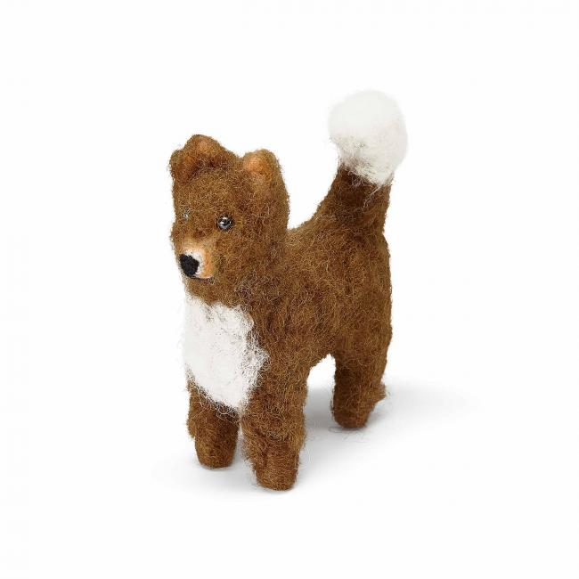 small-felted-light-brown-doggo