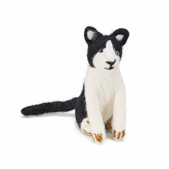 small-felted-cat