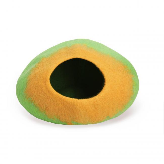 yellow-hue-green-cat-cave